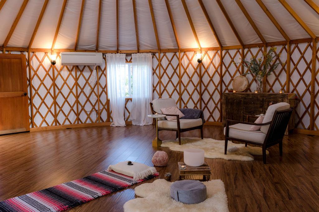 the mama yurt
